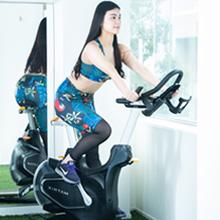 バイクを使ったトレーニングの様子
